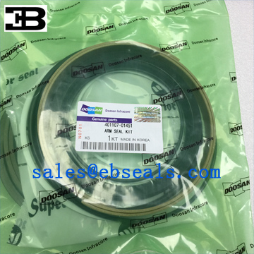 Doosan DX340 Excavator Arm Seal Kit